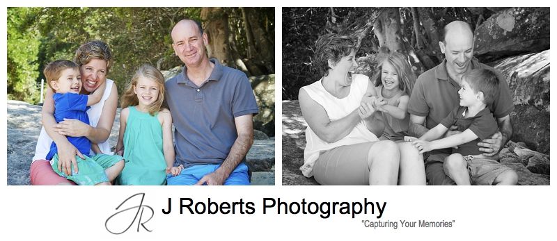 Fun candid family portrait at Clifton Gardens Mosman - sydney family portrait photography